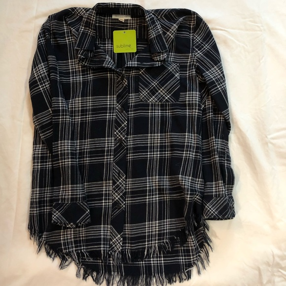 beachlunchlounge Tops - Frayed Navy plaid shirt